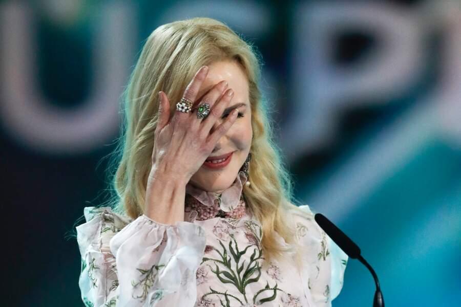 L'étrange visage de Nicole Kidman : elle se cache... Vous allez vite comprendre pourquoi !
