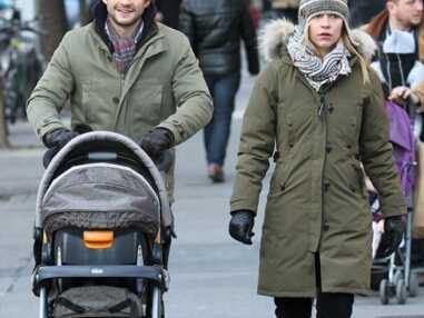 Claire Danes en balade avec son fils et son mari à New York