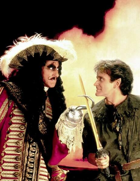En 1991, il est un Peter Pan adulte dans Hook, mis en scène par Steven Spielberg