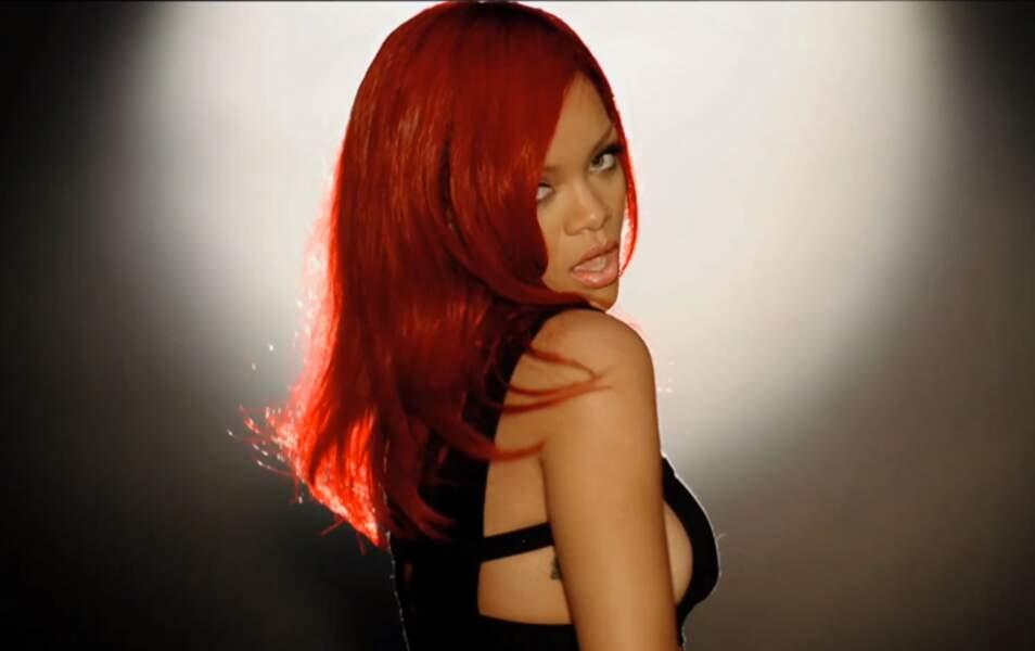 Rihanna dans le clip de All of the lights