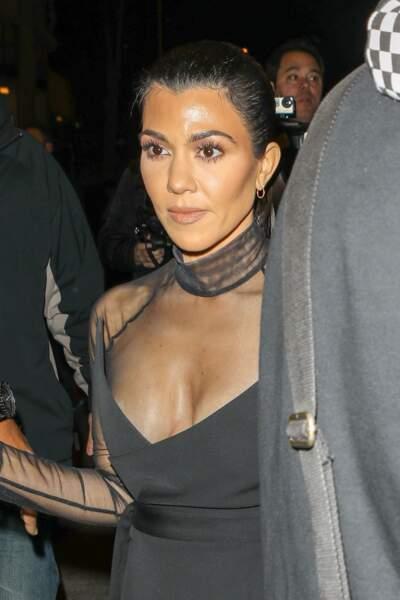 Kourtney Kardashian et Kendall Jenner sortent du restaurant Craig's, West Hollywood
