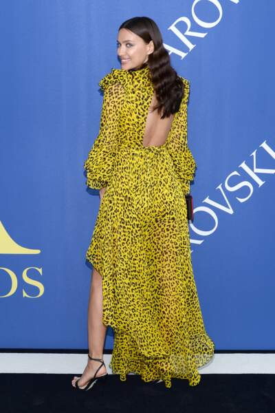 Irina Shayk aux CFDA Fashion Awards 2018