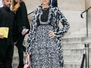 Défilé Giambattista Valli : Céline Dion et d'autres femmes très sexy pour la présentation de la collection Haute Couture