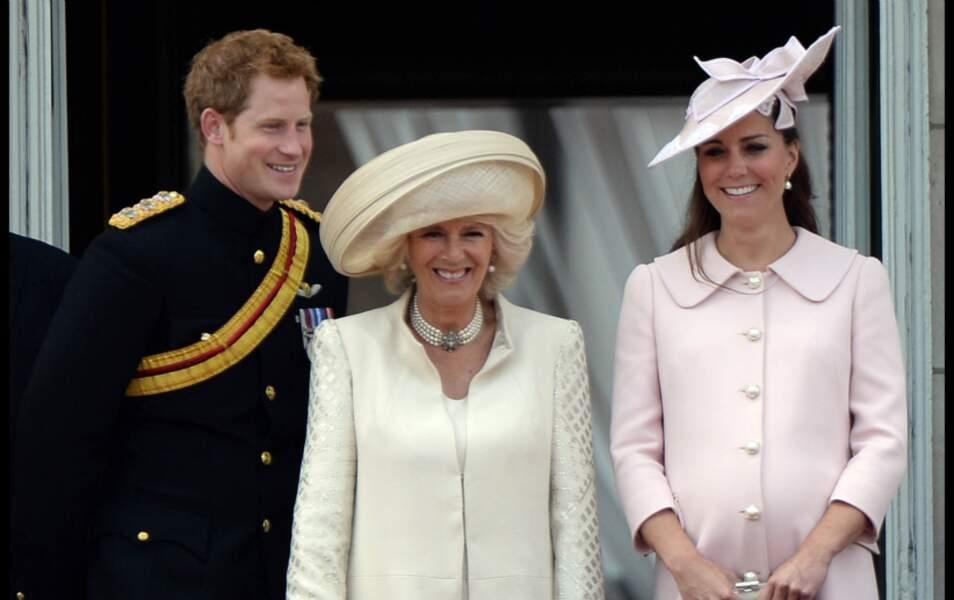 Le prince Harry, la duchesse de Cornwall et Kate Middleton