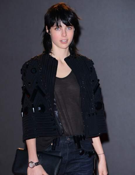 L'androgyne Edie Campbell, élue Mannequin de l'Année