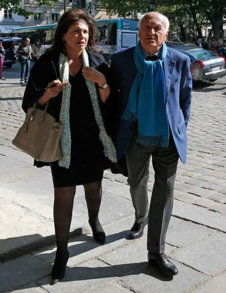 Anne Sinclair et son compagnon, l'historien Pierre Nora rendent hommage à l'écrivaine Régine Deforges