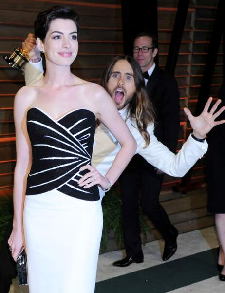 Jared Leto et Anne Hathaway aux Oscars