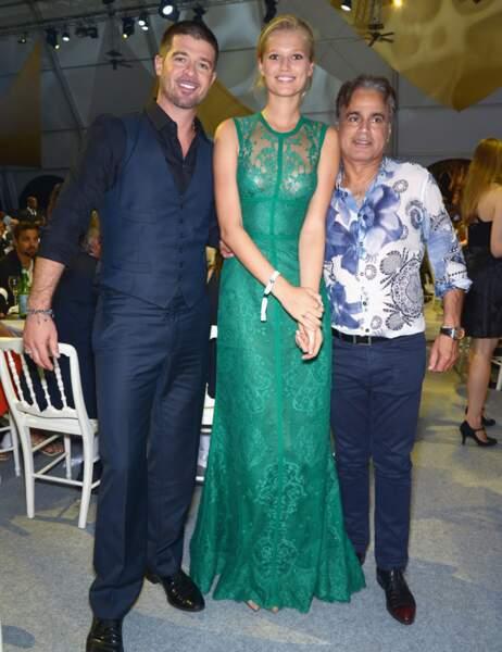 Robin Thicke, Toni Garrn et un chanceux invité
