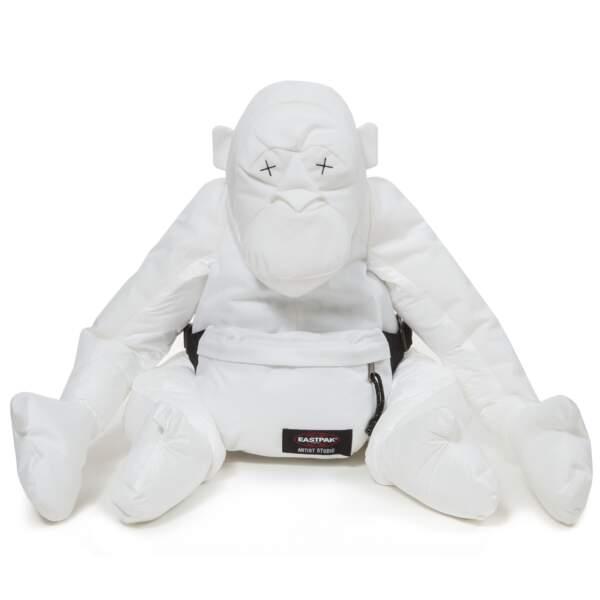 Pour celles s'habillent en blanc : sac à dos Eastpak artist studio – Christopher Raeburn, prix sur demande