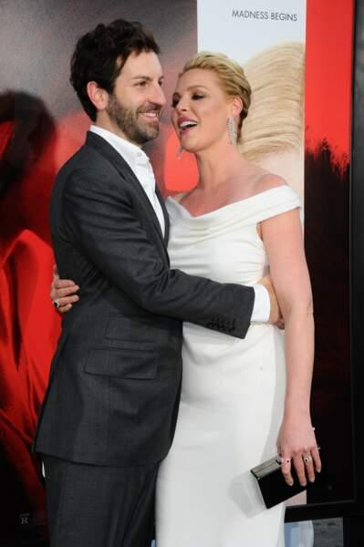 Avant-première d'Unforgettable : Josh Kelley et Katherine Heigl se câlinent encore