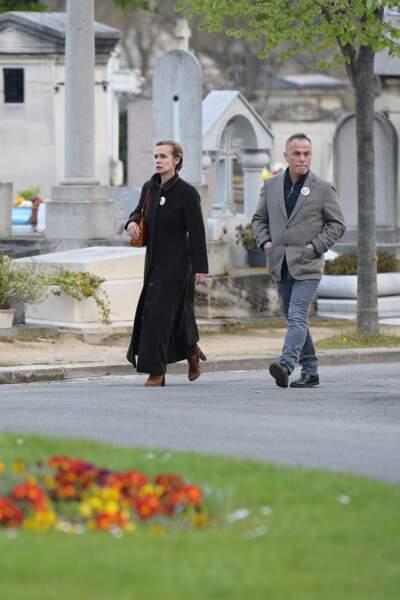 Sandrine Bonnaire aux obsèques d'Agnès Varda au cimetière du Montparnasse