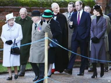La famille Middleton avec Kate et la reine pour une cérémonie officielle