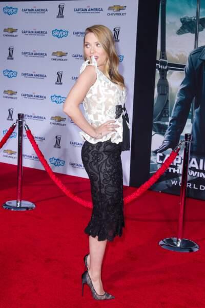 Mars 2014 : Scarlett Johansson affiche ses jolies rondeurs à la première de Captain America