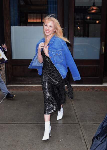 Les do et les don'ts de la semaine : les bottines blanches - Kylie Minogue