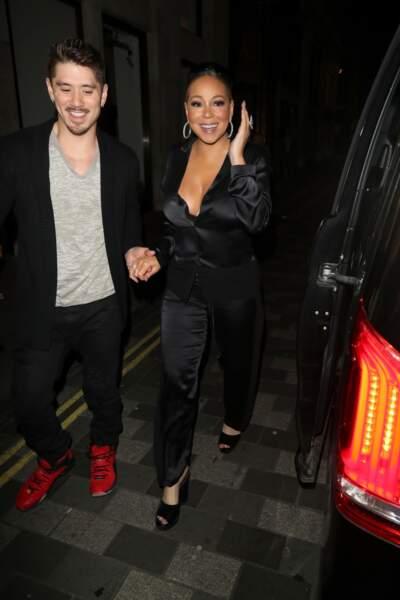 Mariah Carey et son compagnon Bryan Tanaka rejoignent leur hôtel à Londres le 25 mai 2019