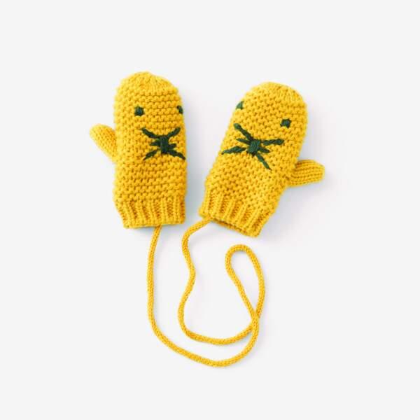 Moufles jaune. 100% acrylique et doublure 100% polyester, du 12/18 mois au 24/36 mois, 9,99€, Monoprix.