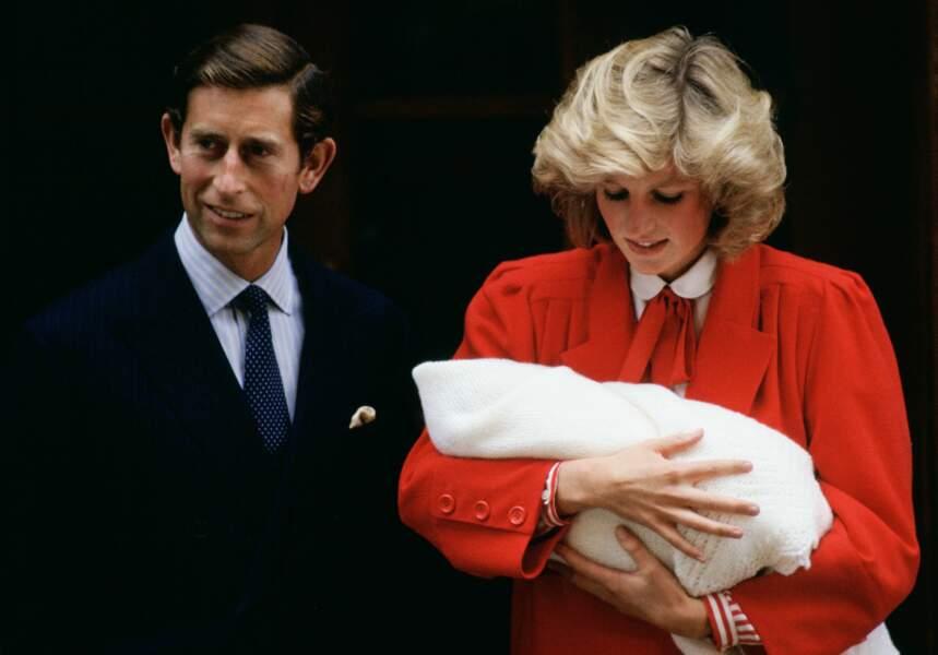 Lady Di et le prince Charles pour la présentation officielle de leur fils, le prince Harry, le 17 septembre 1984