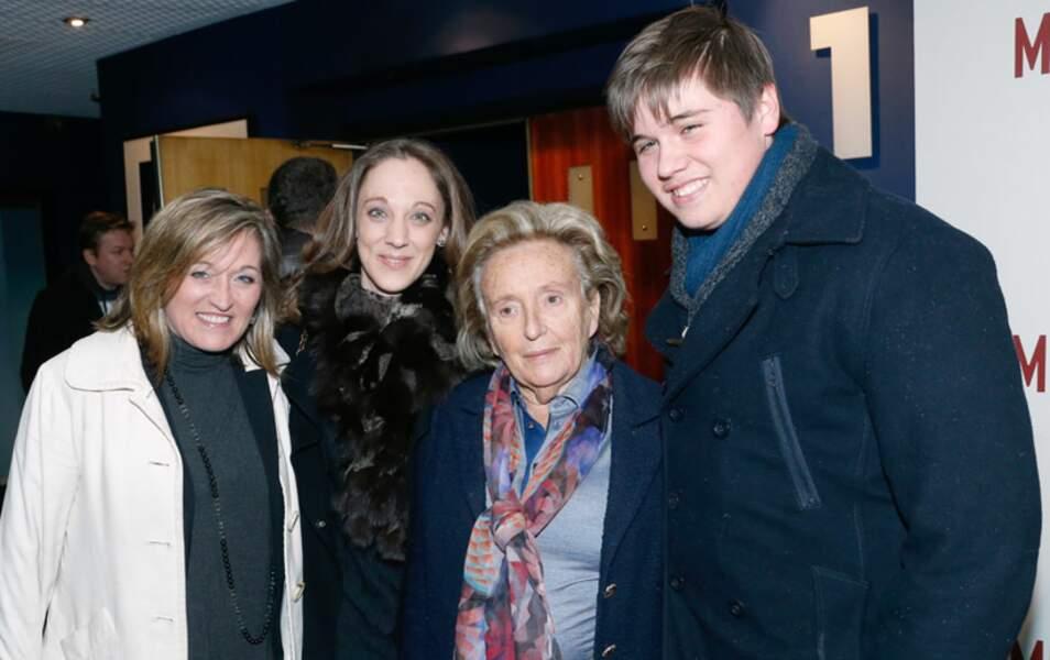 Bernadette Chirac avec la femme de David Douillet (1ère à gauche) et son fils