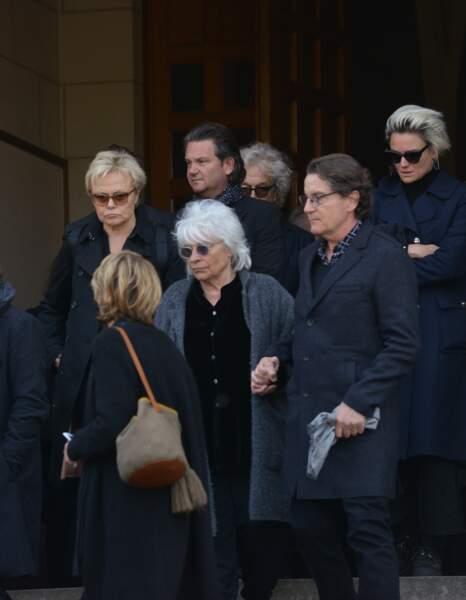 Obsèques de Maurane à Woluwe-Saint-Pierre en Belgique : Muriel Robin, Catherine Lara, Francis Cabrel