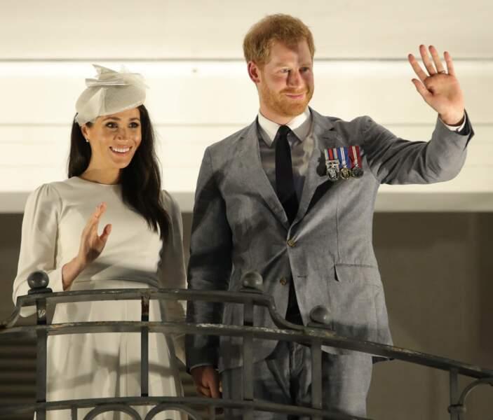 Cerise sur le gâteau : Meghan Markle et le prince Harry attendent déjà leur premier bébé au printemps !