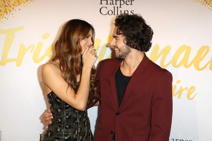 Les yeux dans les yeux, Iris Mittenaere et Anthony Colette se sont montrés très proches.