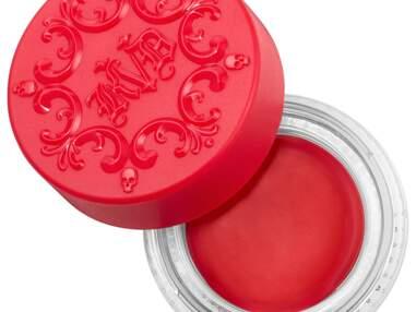Des produits pour réaliser un make-up bleu, blanc, rouge pour la Coupe du monde !