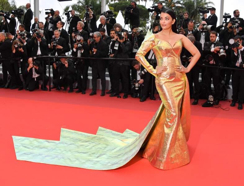 Don't : Aishwarya Rai en Jean-Louis Sabaji Couture