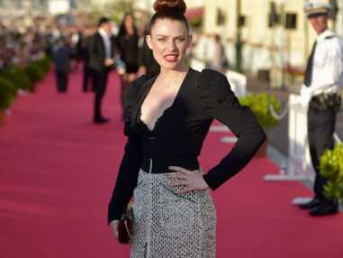 Elodie Frégé sexy au Festival du film de Cabourg