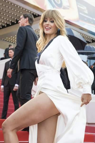 Accident de robe : Petra Nemcova lors de la présentation de Blackkklansman à Cannes
