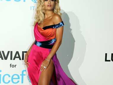 VOICI - Rita Ora en plein accident de robe TROP fendue, Heidi Klum et Tom Kaulitz langoureux au gala de l'UNICEF