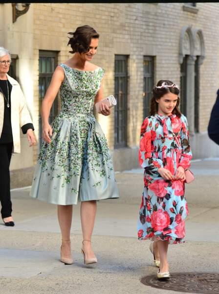 Katie Holmes et Suri Cruise se rendent au théâtre de New York