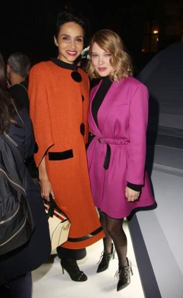 Farida Khelfa et Lea Seydoux au défilé Louis Vuitton lors de la fashion week de Paris, le 6 mars