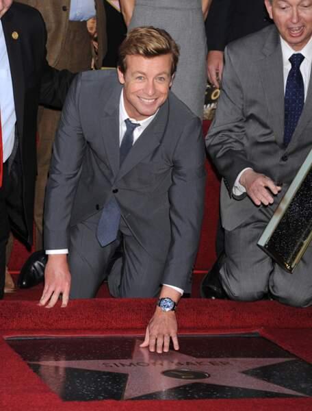Simon Baker (Mentalist) inaugure son étoile à Hollywood