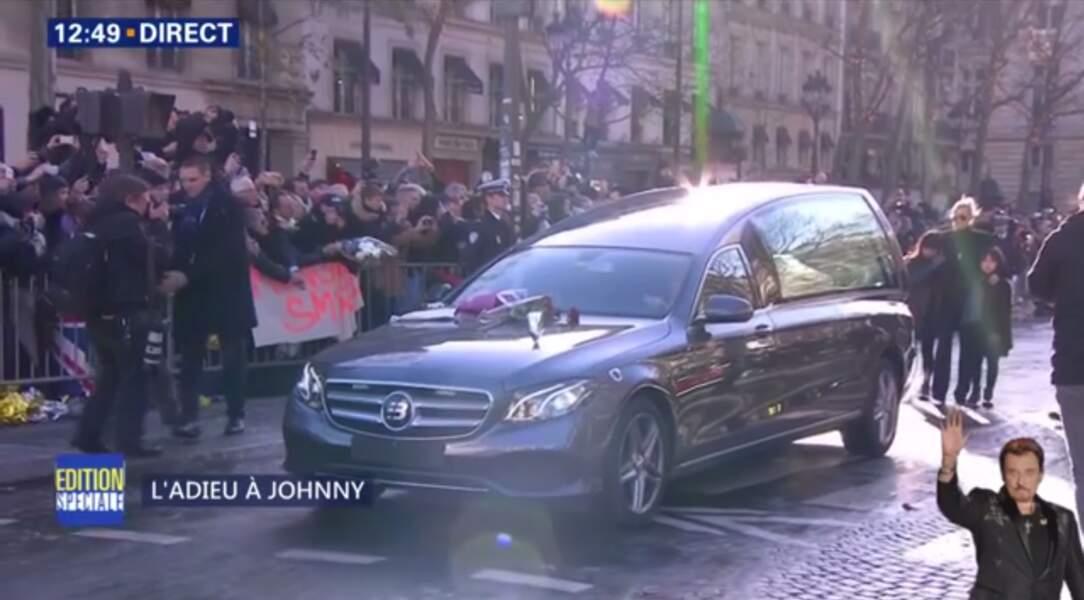 Hommage à Johnny Hallyday : Jade essuie ses larmes