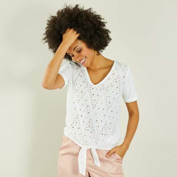 T-shirt brodé à nouer, Kiabi, 9,60 euros au lieu de 12 euros