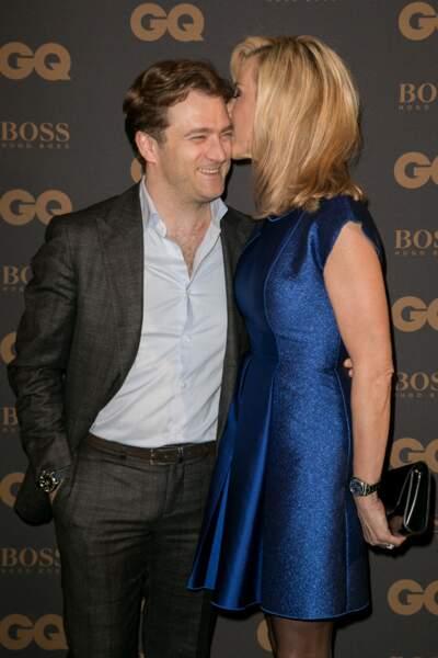 Laurence Ferrari embrasse son mari Renaud Capuçon (mais c'est moins fougueux que les Ardisson)