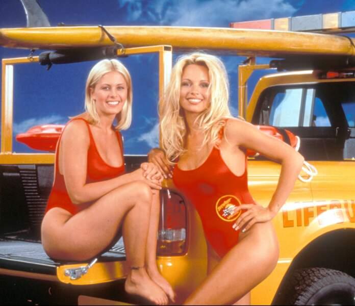 On vous donnes des nouvelles d'Alerte à Malibu et de ses actrices ultra sexy
