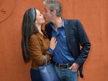 David Brécourt et sa compagne en amoureux à Roland-Garros