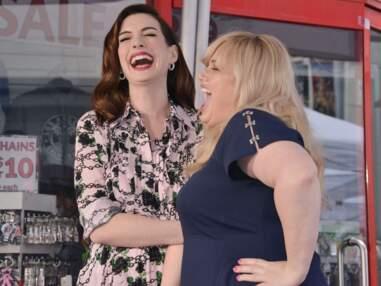 VOICI Anne Hathaway complice avec son époux pour l'inauguration de son étoile à Hollywood