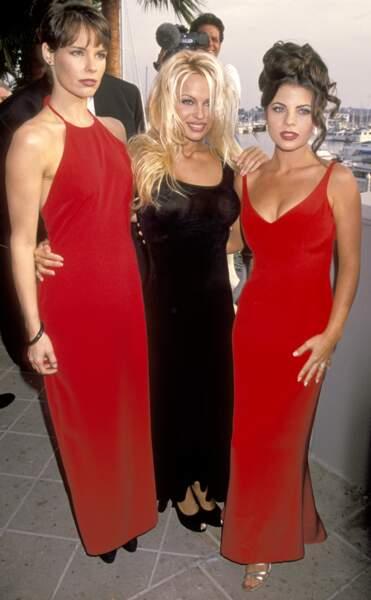 Alexandra Paul, Pamela Anderson et Yasmine Bleeth, les 3 stars de la série à la grande époque