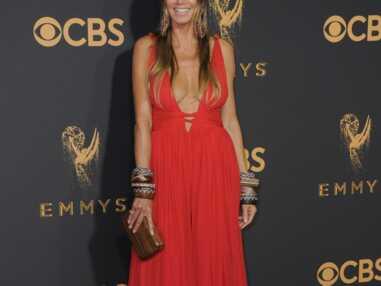 Emmy Awards 2017 : Heidi Klum très décolletée, une actrice frôle l'accident de robe