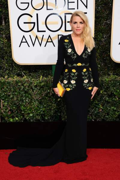 Golden Globes 2017 : Busy Phillips en Stella McCartney