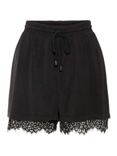 Short dentelles, Vero Moda, 26,99€