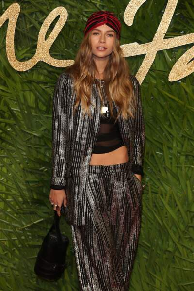 Les do : Emma Louise Connolly