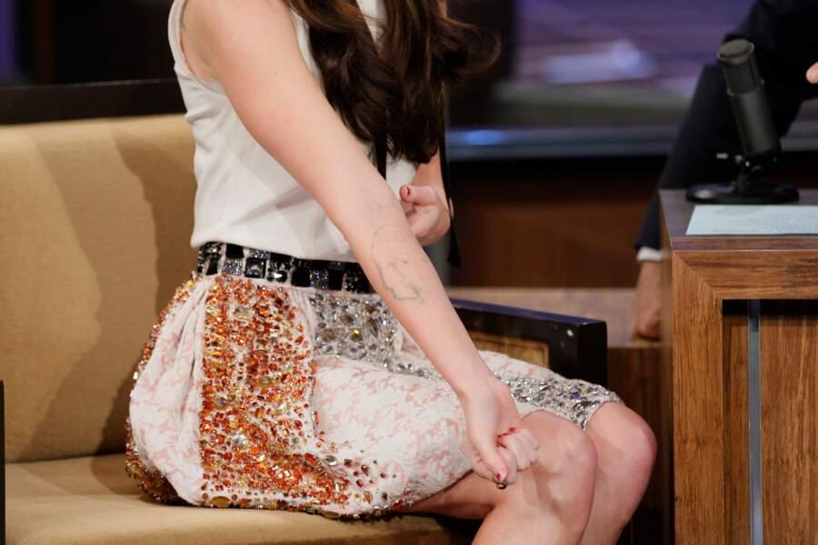 Megan Fox a effacé son tatouage de Marilyn qu'elle avait sur l'avant bras