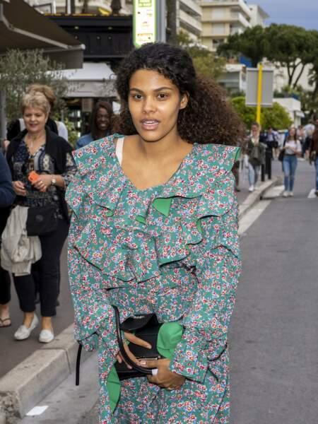 Tina Kunakey a été aperçue à Cannes, en marge du Festival de Cannes