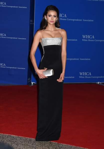 Nina Dobrev a tellement pris son rôle à coeur qu'elle est  sortie avec son partenaire de Vampire Diaries...