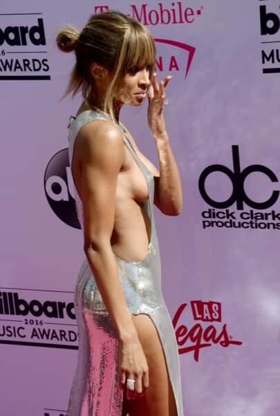 Billboard Music Awards 2016: Ciara ultra hot dans sa robe Phillip Plein