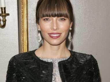 Cheveux : les plus belles coiffures avec une frange droite