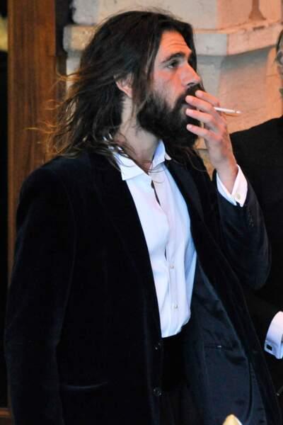 Monica Bellucci et Nicolas Lefebvre font une entrée remarquée au bal masqué Dior
